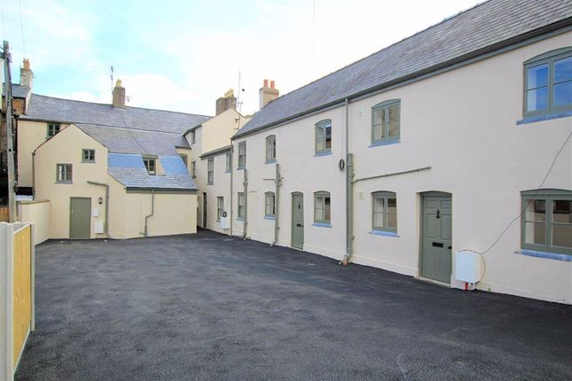 Thumbnail Flat for sale in High Street, Holywell, Flitnshire