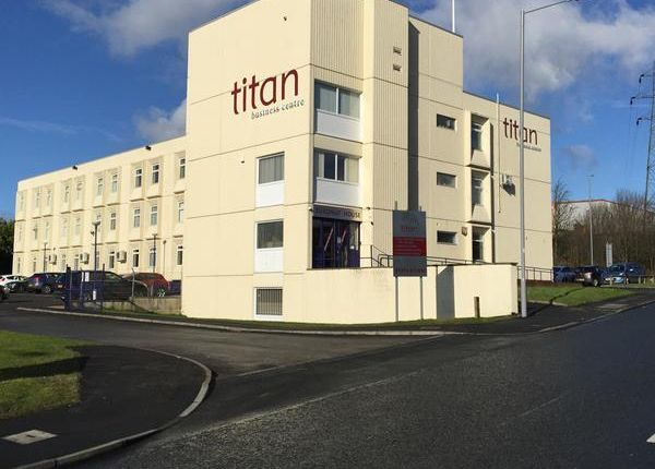 Thumbnail Office to let in Titan Business Centre, Roydsdale Way, Euroway Trading Estate, Bradford
