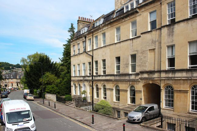 Thumbnail Flat to rent in Henrietta Street, Bath