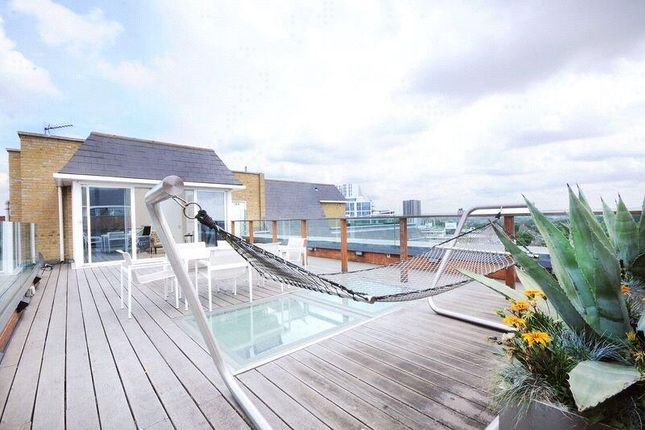 Thumbnail Flat to rent in Penthouse, St. Johns Wood Park