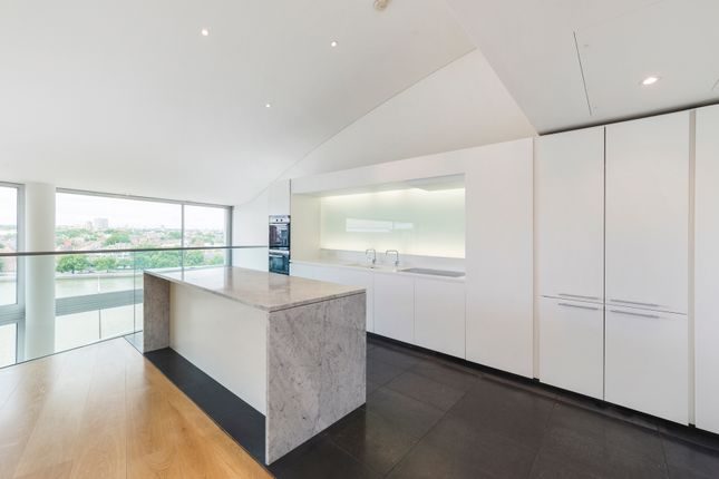 Thumbnail Flat to rent in Hester Road, London