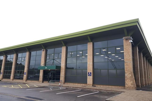 Thumbnail Office to let in First Floor Offices, Roydsdale Way, Euroway Industrial Estate, Bradford, West Yorkshire
