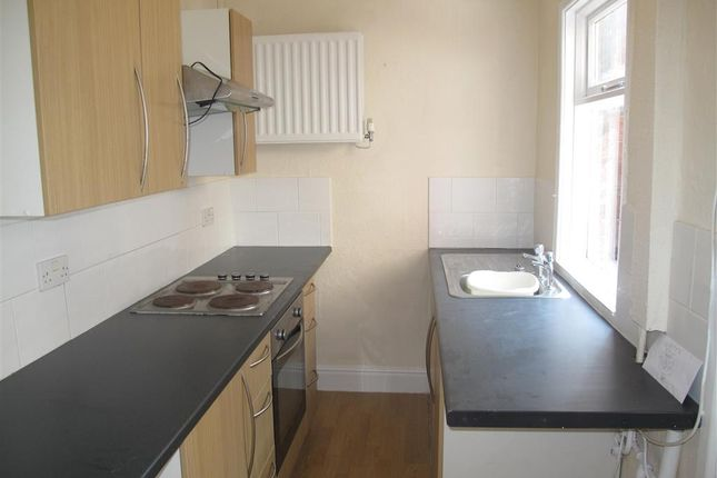 Thumbnail Terraced house to rent in Nantwich Road, Crewe