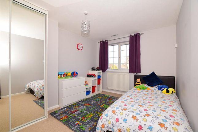 Bedroom 2 of Old Barn Road, Leybourne, West Malling, Kent ME19