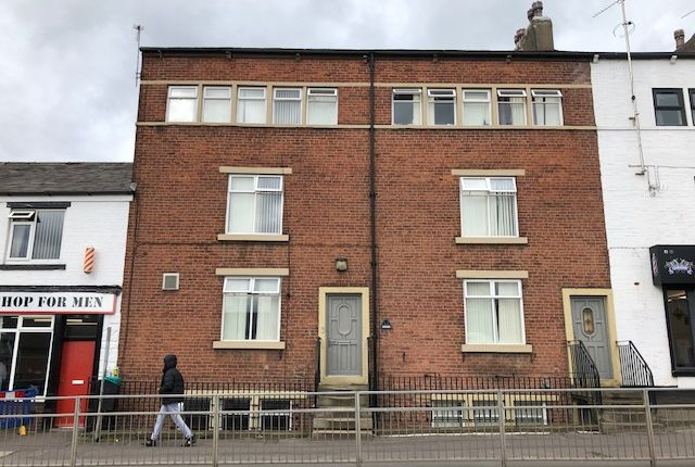 Thumbnail Room to rent in Halifax Road, Hurstead, Rochdale
