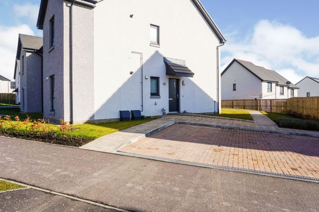 Front View of Grayhills Row, Dundee DD2