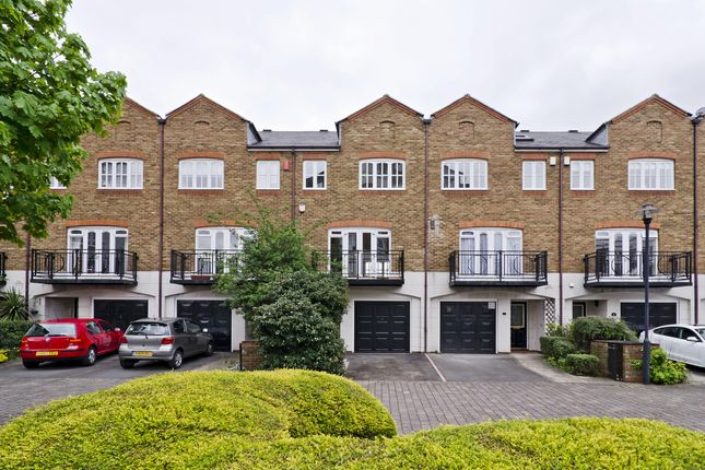 Thumbnail Town house to rent in Princes Riverside Road, London