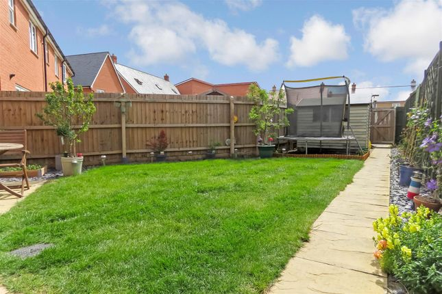 Thumbnail Detached house for sale in Planets Way, Biggleswade