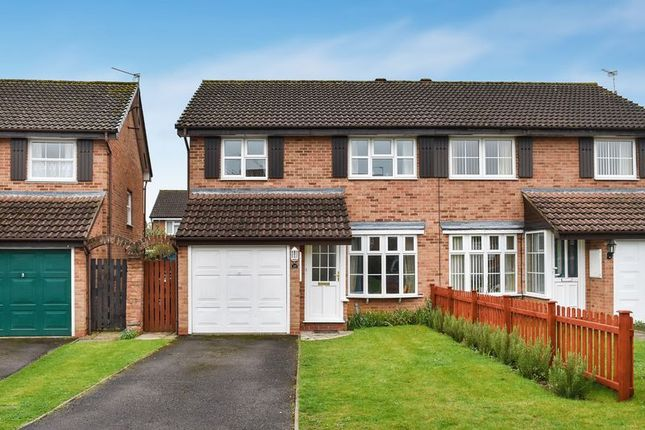 3 bed semi-detached house for sale in Hadland Road, Abingdon