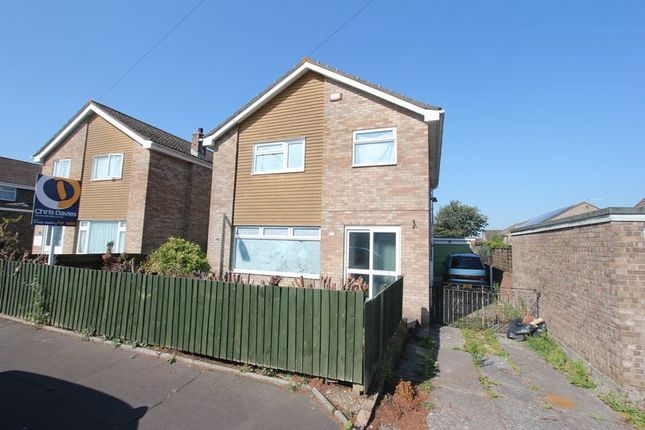 Thumbnail Detached house for sale in Lakin Drive, Barry