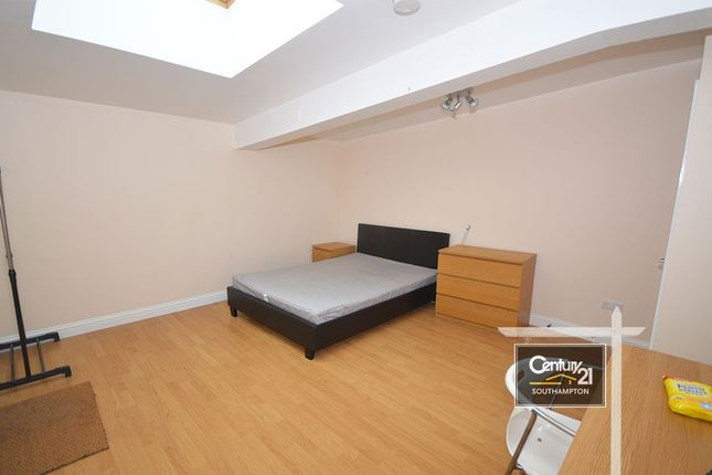 Thumbnail Flat to rent in Chapel Road, Southampton