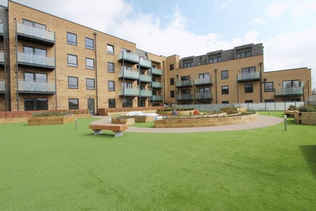 Thumbnail Flat for sale in The Broadway, Greenford