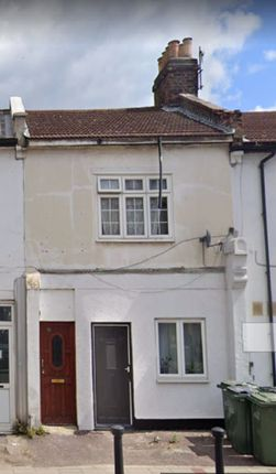 Thumbnail Property for sale in One Bedroom Flat, Plumstead High Street, London