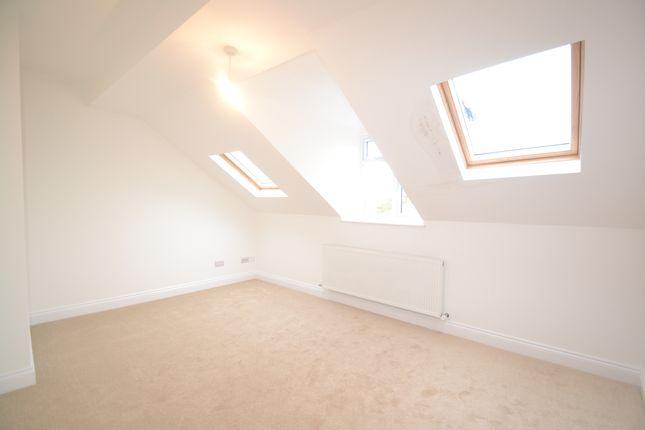 Thumbnail Duplex to rent in Kent House Road, Beckenham