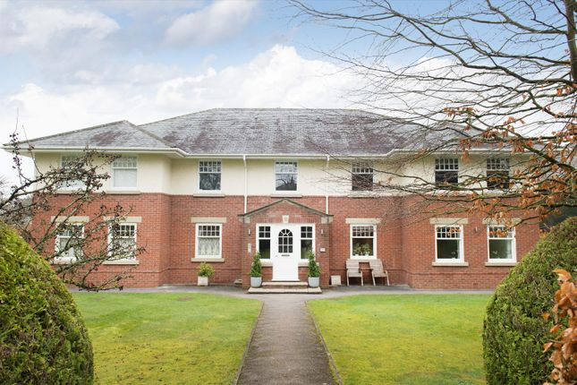 3 bed flat for sale in Apple Court, Wood View, Harrogate, North Yorkshire HG1