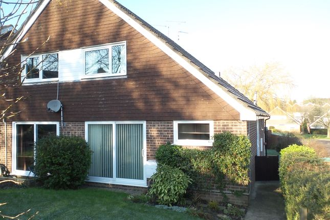 3 bed semi-detached bungalow to rent in Oaktree Avenue, Pucklechurch Bristol