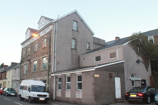 Thumbnail Pub/bar for sale in Oak Street, Abertillery