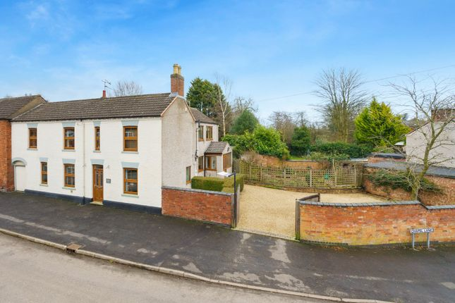 5 bed link-detached house for sale in The Cross, Walton, Lutterworth LE17