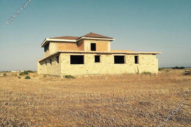 Properties for sale in Mazotos, Larnaca, Cyprus - Mazotos