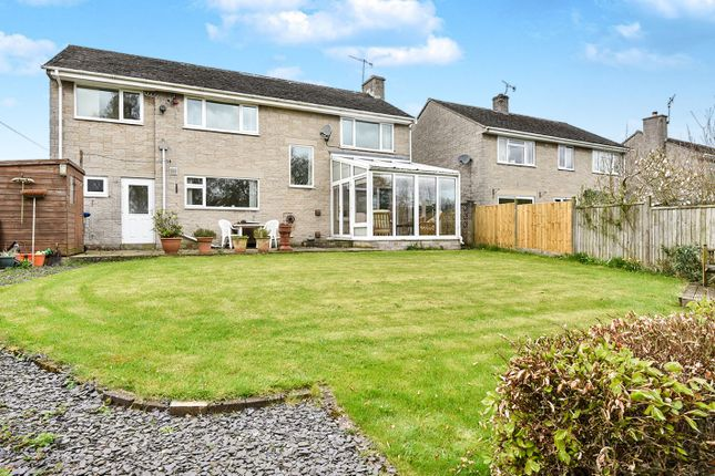 Thumbnail Detached house for sale in Edge View Drive, Great Longstone, Bakewell