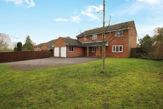 Thumbnail Detached house for sale in Stoke Road, Newton Leys, Bletchley, Milton Keynes
