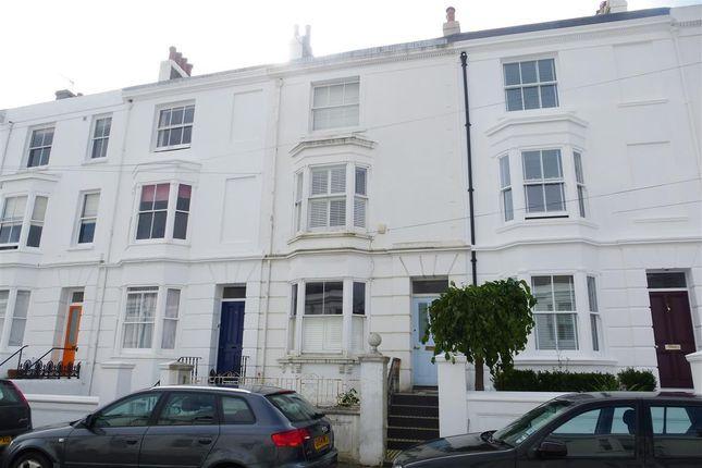 Thumbnail Property to rent in Clifton Street, Brighton