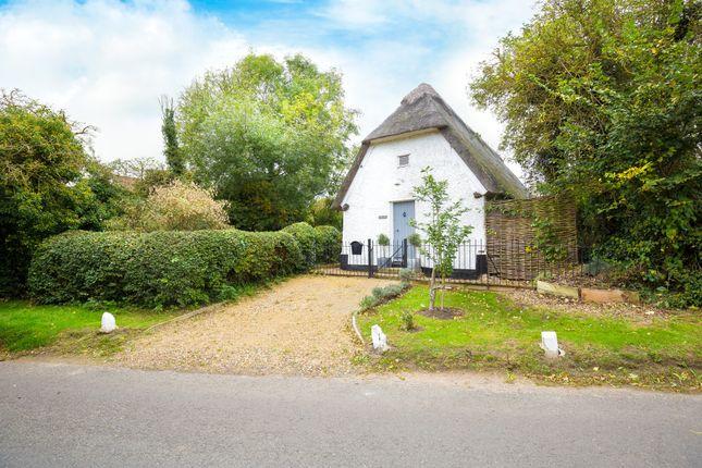 Thumbnail Cottage for sale in Church Lane, Kingston, Cambridge, Cambridgeshire