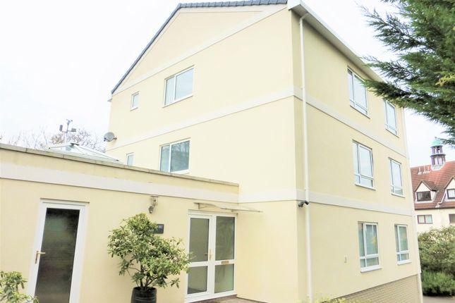 2 bed flat to rent in The Park, Leckhampton, Cheltenham GL50