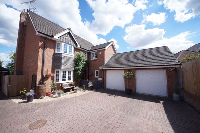 Thumbnail Detached house for sale in Twynes Meadow, Hook