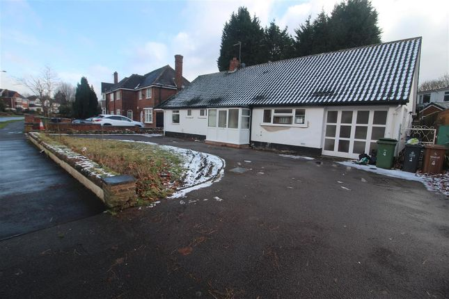 3 bed bungalow to rent in Talke Road, Walsall WS5