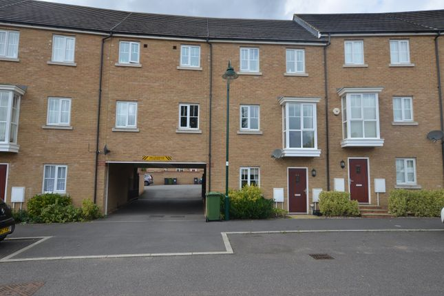 Thumbnail Terraced house to rent in New Lakeside, Hampton Vale, Peterborough