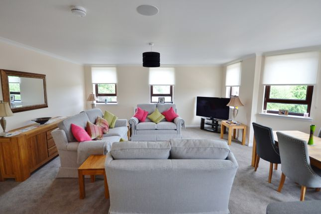Thumbnail Flat for sale in Eastwoodmains Road, Giffnock, Glasgow