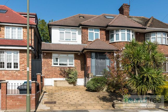 Thumbnail Property for sale in Southbourne Crescent, Hendon