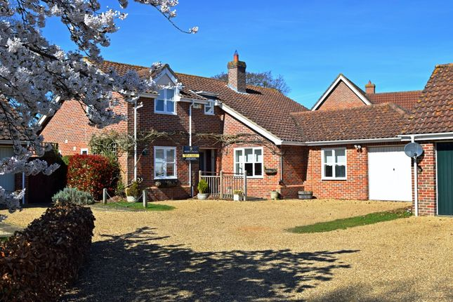 Thumbnail Detached house for sale in Rixon Crescent, Melton Park, Woodbridge