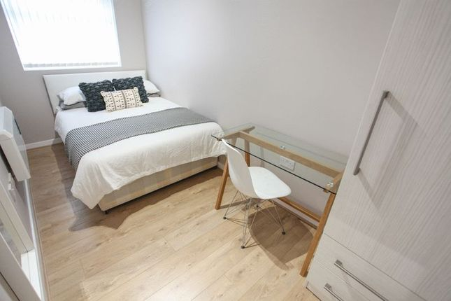 Flat to rent in Fell Street, Liverpool