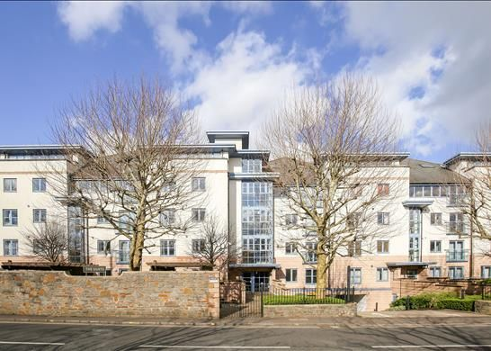 Thumbnail Flat for sale in The Quays, Cumberland Road, Bristol