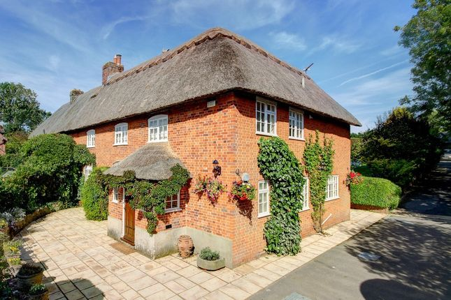 Thumbnail Cottage for sale in Home Farm Close, Mildenhall, Marlborough