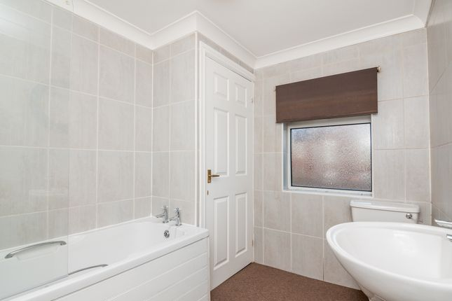 Bathroom of Spansyke Street, Doncaster DN4