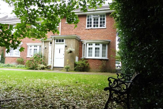 Thumbnail Maisonette for sale in Redheath Close, Watford