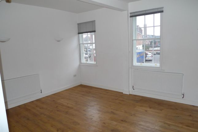 Thumbnail Flat to rent in 125 Frankwell, Shrewsbury