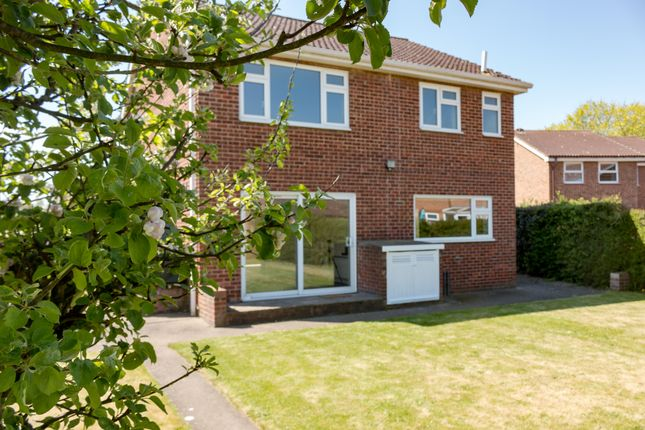 3 Bed Detached House For Sale In High Street Catterick