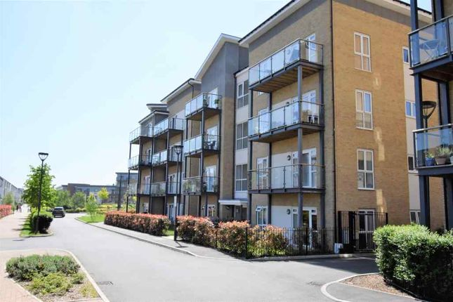 Thumbnail Flat to rent in Pennyroyal Drive, West Drayton