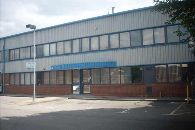 Thumbnail Industrial to let in 3 Maple Centre, Downmill Road, Bracknell