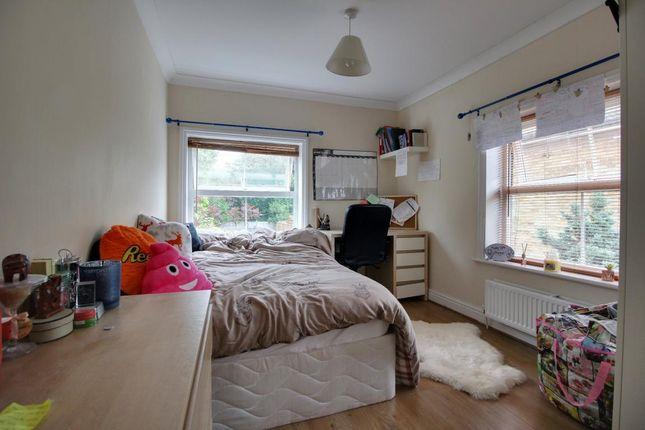 Room 9 of Aldershot Road, Church Crookham, Fleet, Hampshire GU52