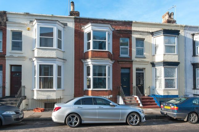 Flat to rent in Belgrave Road, Margate