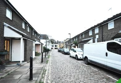 2 bed property to rent in Shirland Mews, London W9