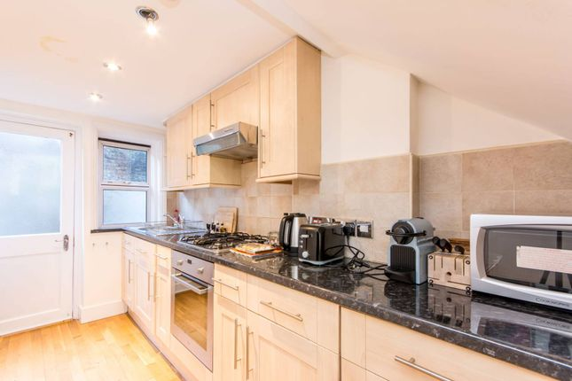 Thumbnail Flat to rent in Edgware Road, Lisson Grove