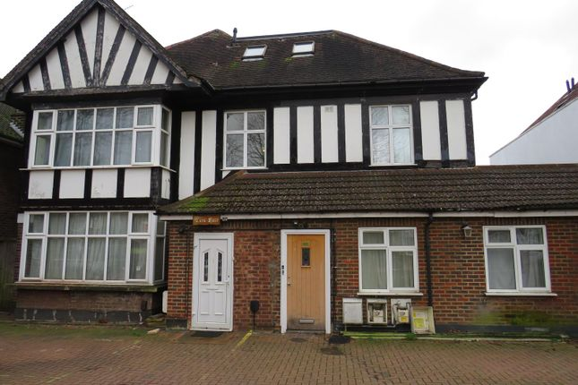 Thumbnail Maisonette for sale in Harrowdene Road, Wembley, Middlesex