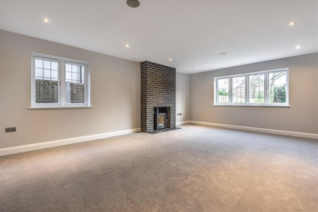565421 (3) of Oak End Way, Woodham, Addlestone KT15