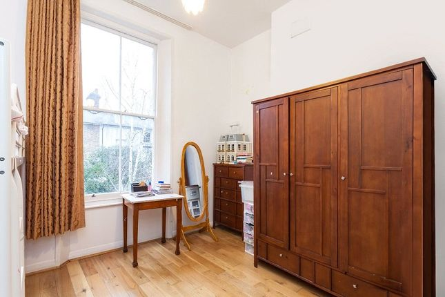 Bedroom of Hungerford Road, Hillmarton Conservation Area, London N7